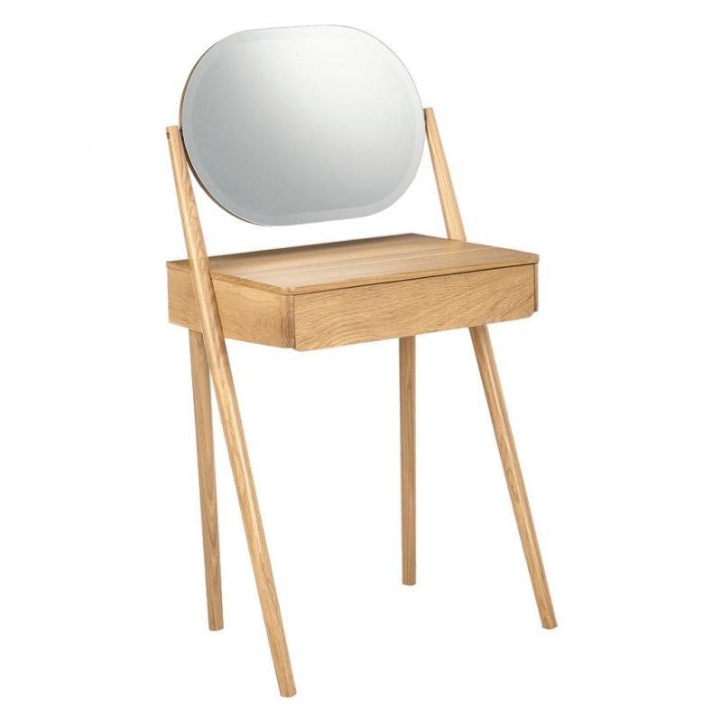 Minimalist-style oak dressing table