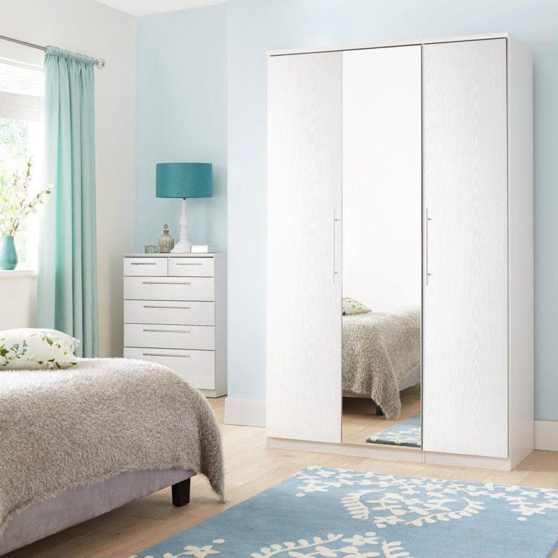 3-door mirrored wardrobe
