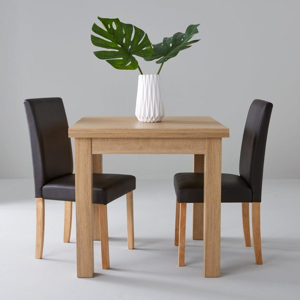 Square wood effect table with 2 chairs