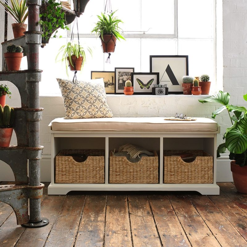 Hallway bench with baskets