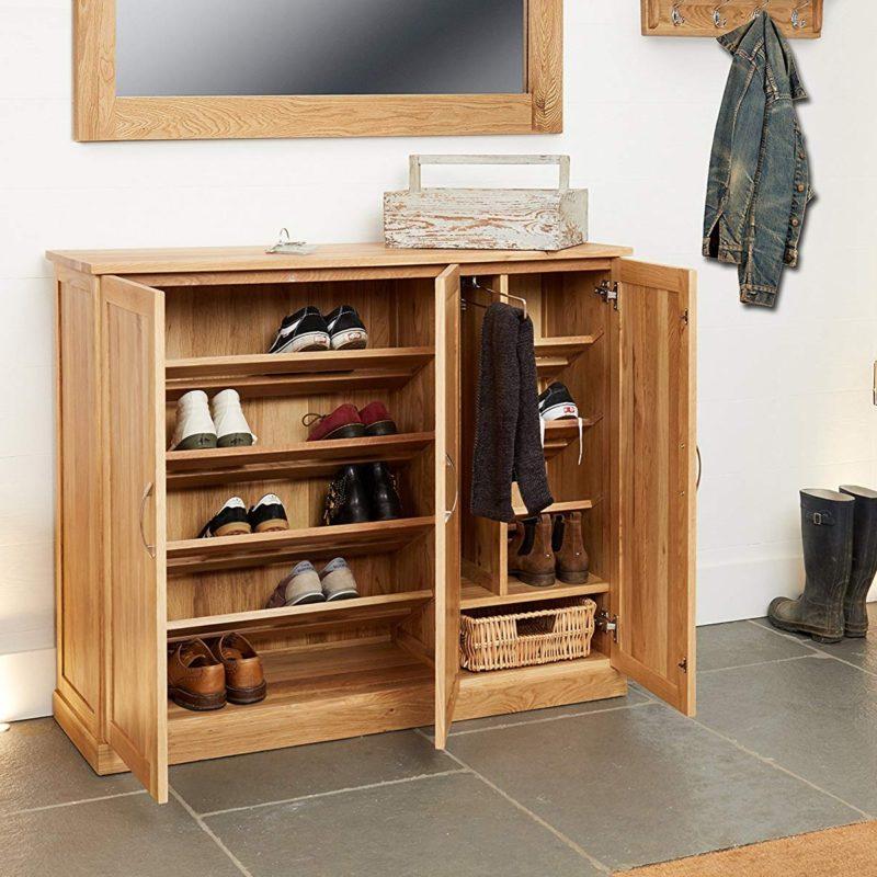 Wide oak show cabinet