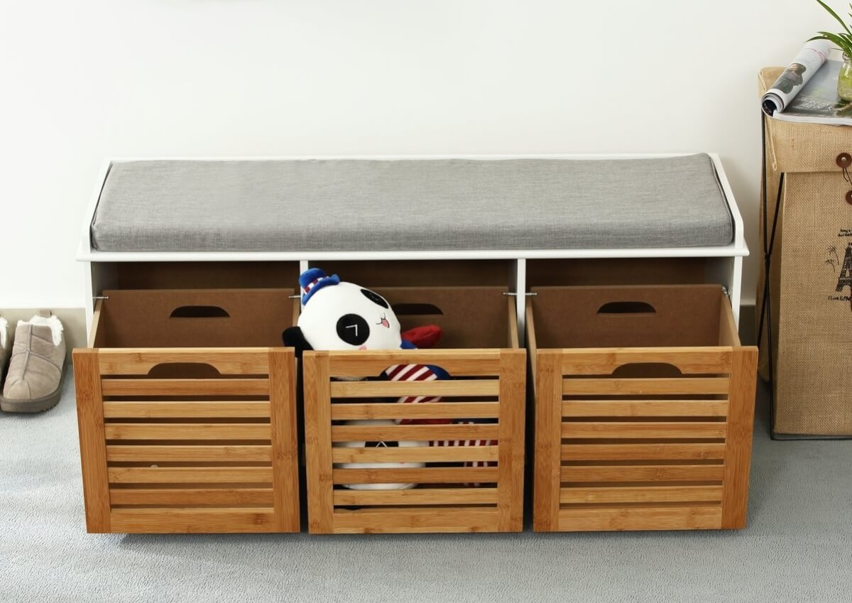 Hallway storage bench with 3 crates