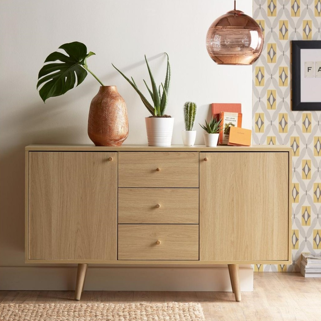 Retro style sideboard in oak