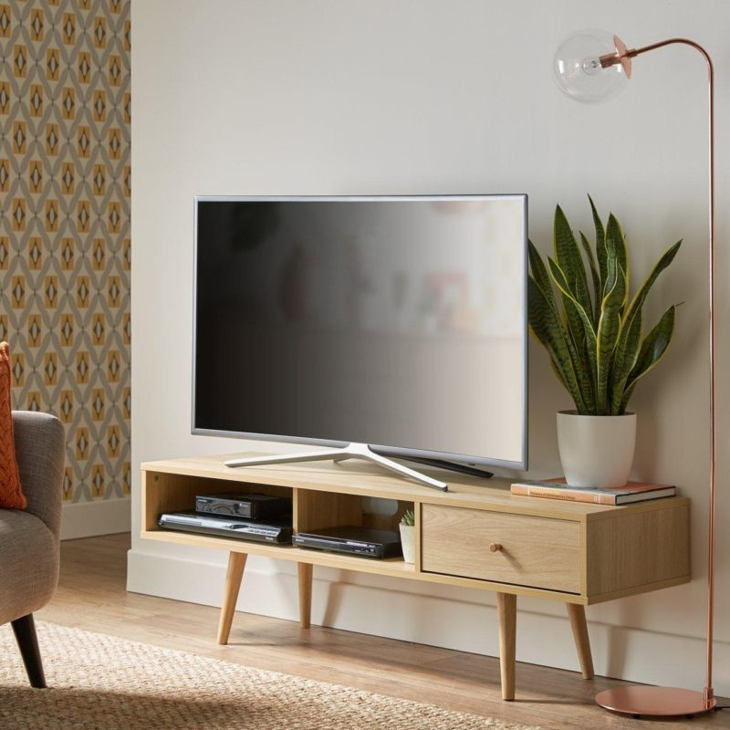 Retro-style TV stand with oak finish
