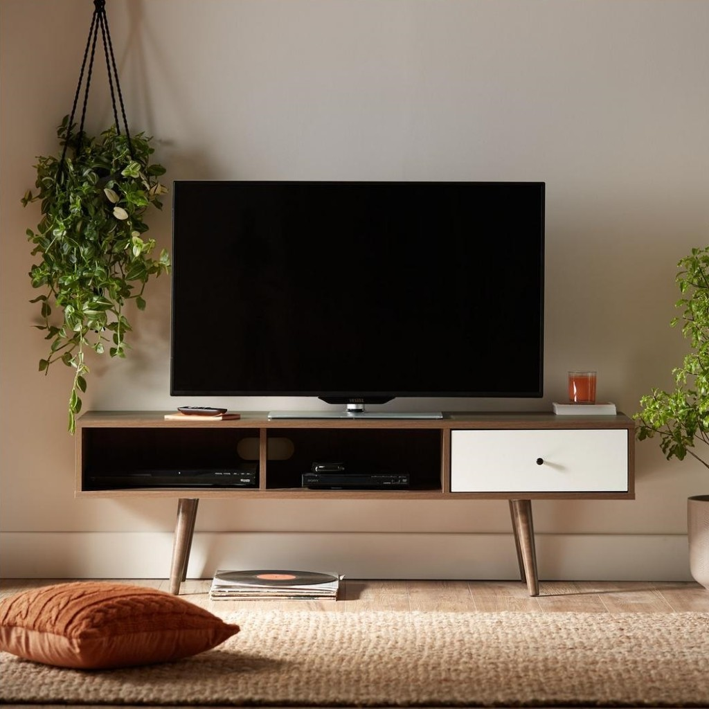 Monty Retro Style TV Unit