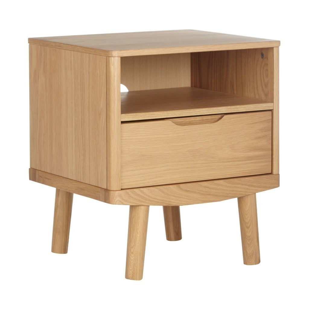 Oak bedside table with single drawer
