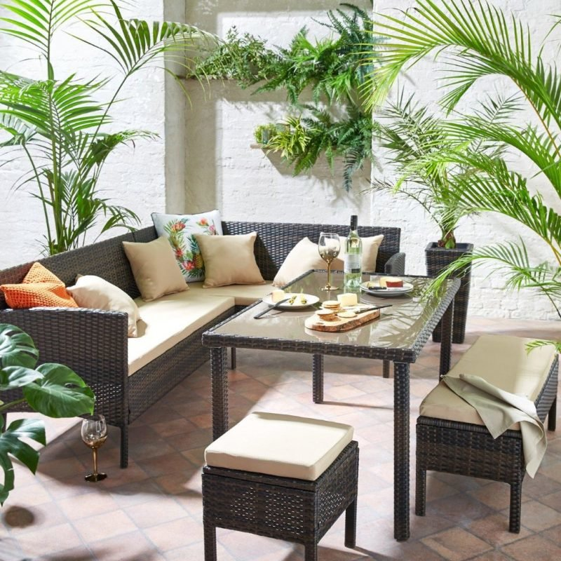 Rattan effect corner dining set