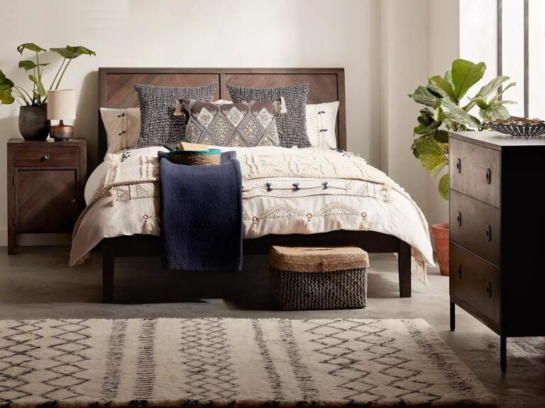 Acacia wood bedroom furniture