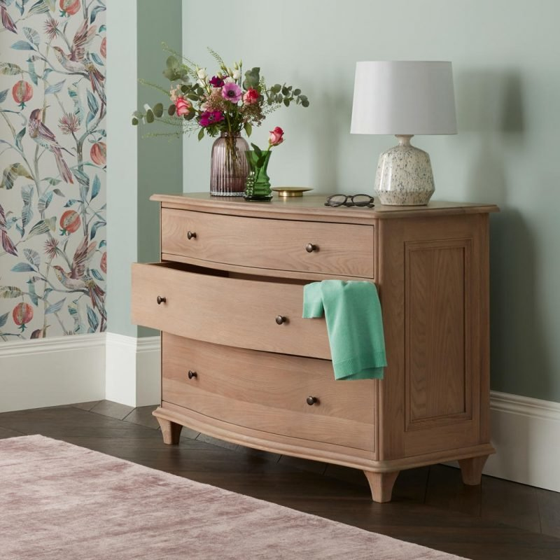 cureved 3-drawer chest