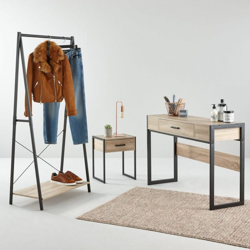 Minimalist metal frame bedroom furniture