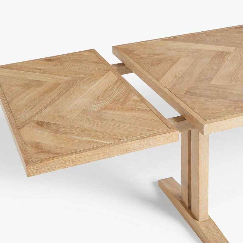 Oak dining table with extending leaf