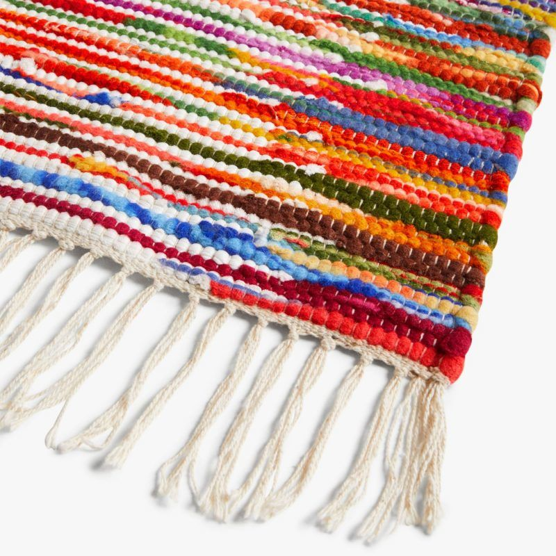 Multi-colour table runner