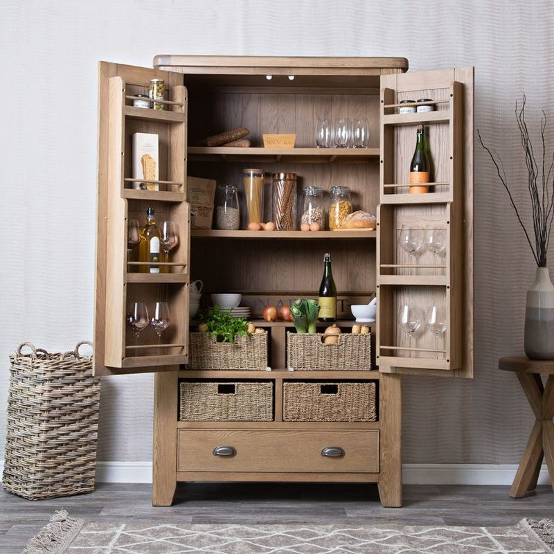 Oak larder unit with 2 drawers and 2 baskets