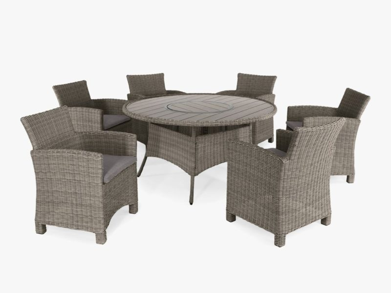 Round rattan garden table and 6 rattan chairs