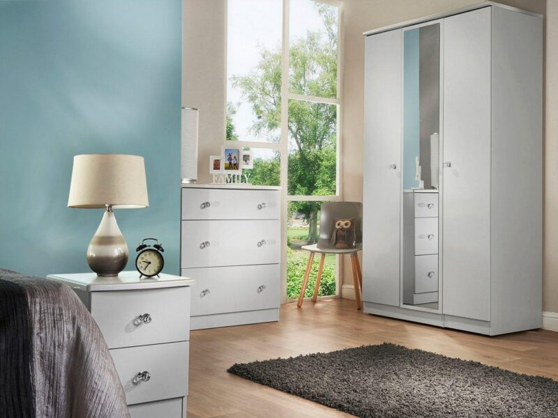 White gloss bedroom furniture with crystal handles