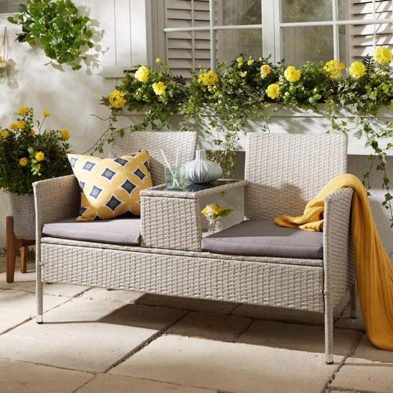 2-seater outdoor rattan sofa with table built in