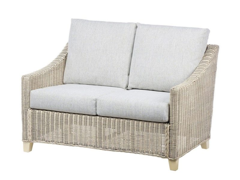 Rattan 2-seater with cushions