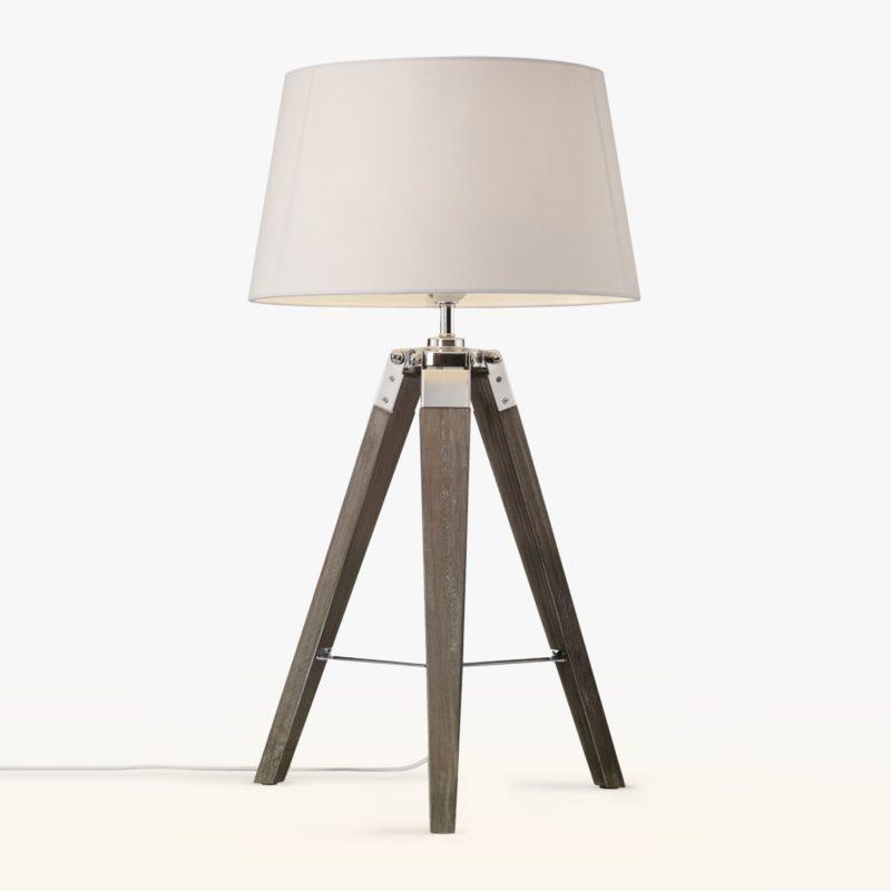 Classic tripod-style table lamp