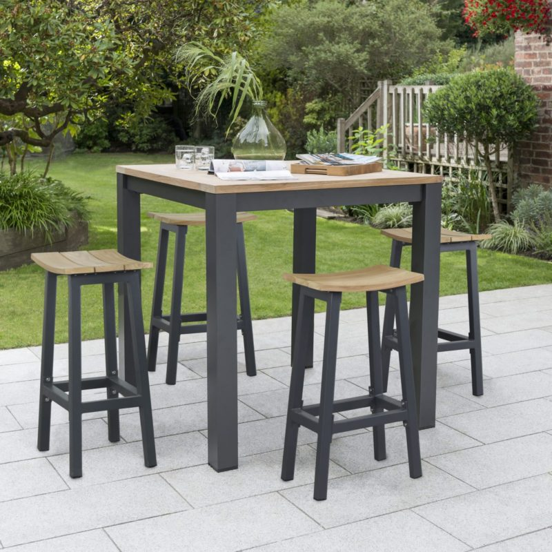 4 seater garden table with matching stools