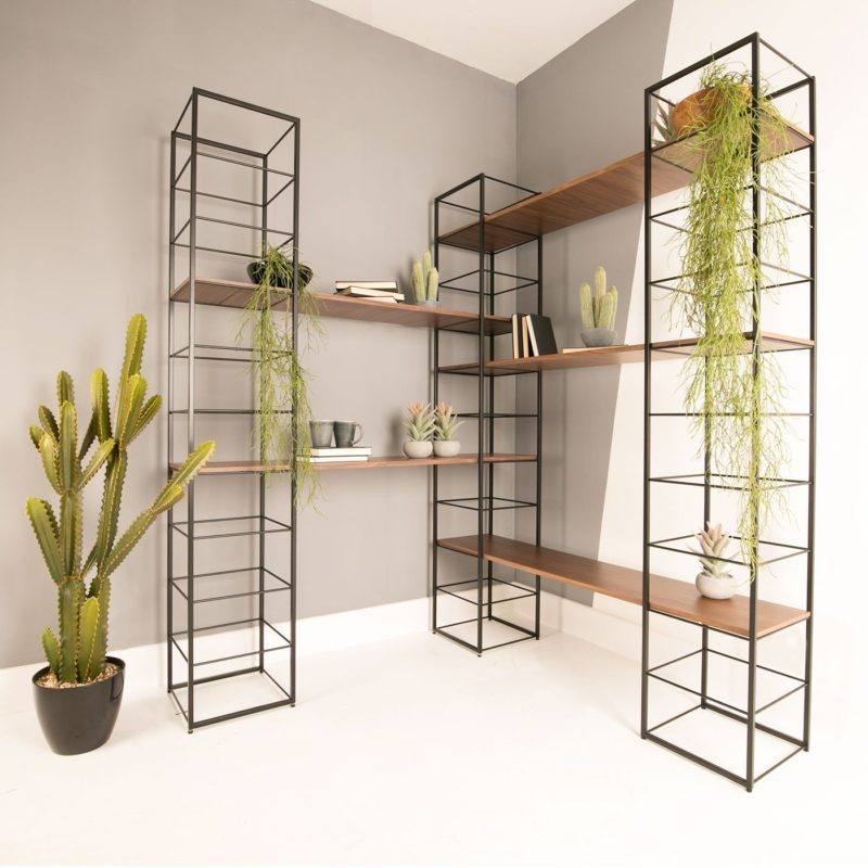 Tower modular shelving