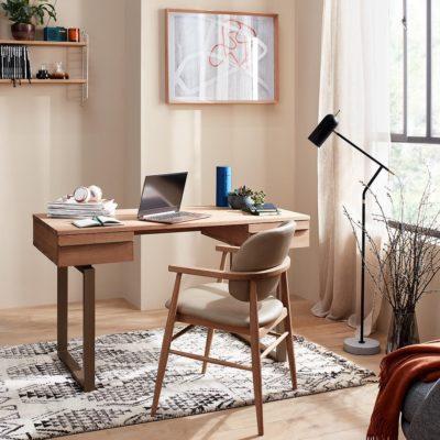 Oak desk with flat metal legs