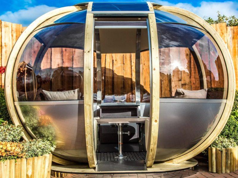 Oval garden pod