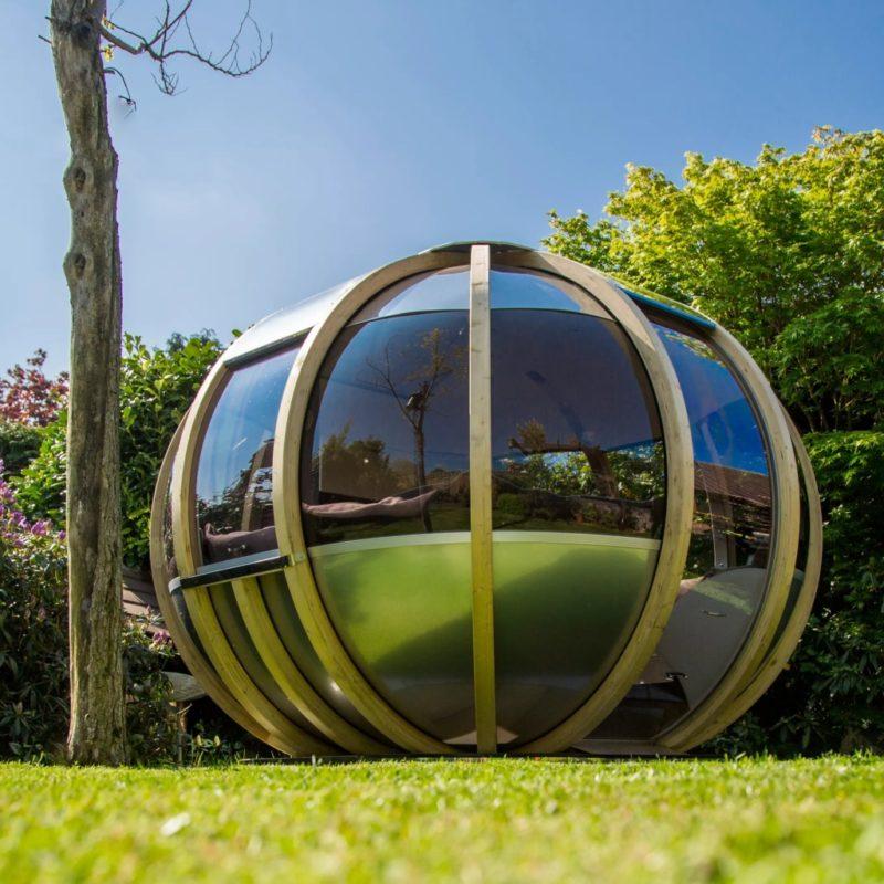 Summer-house-style garden pod