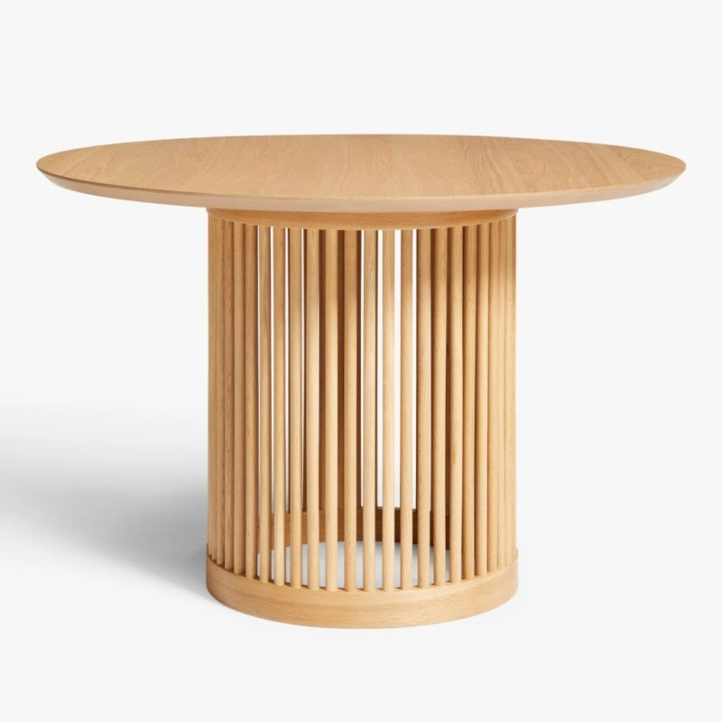 Spindle base round oak dining table