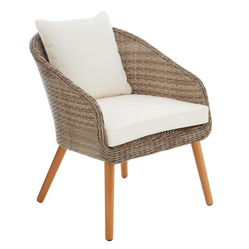 Outdoor rattan chair with cram cushions