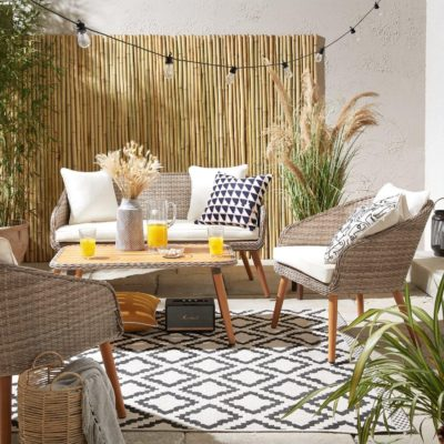 Woven rattan outdoor furniture set