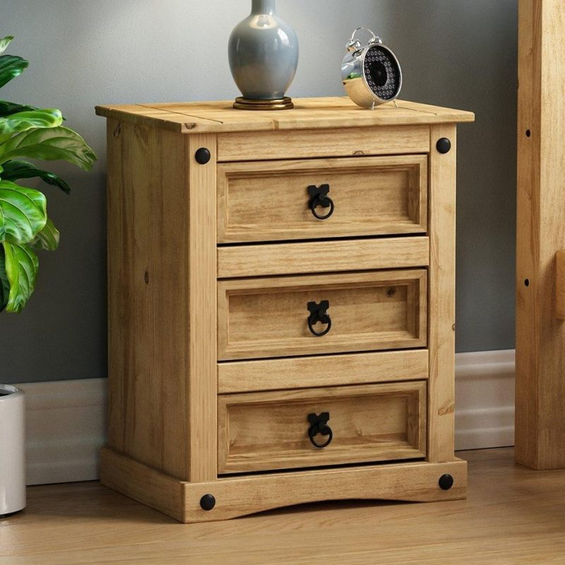 Traditional-style pine bedside drawer chest