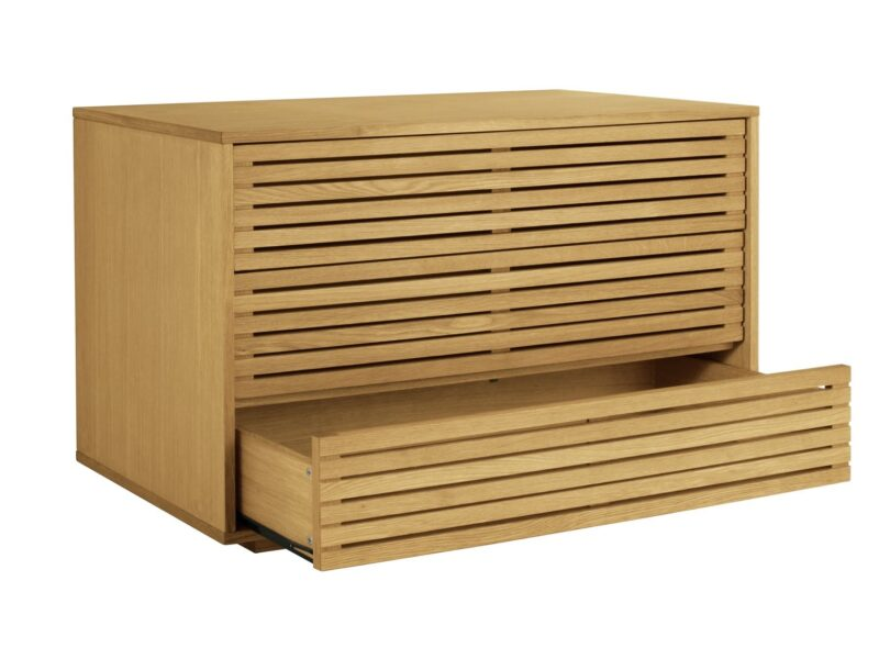 Oak 3-drawer chest with slatted fronts