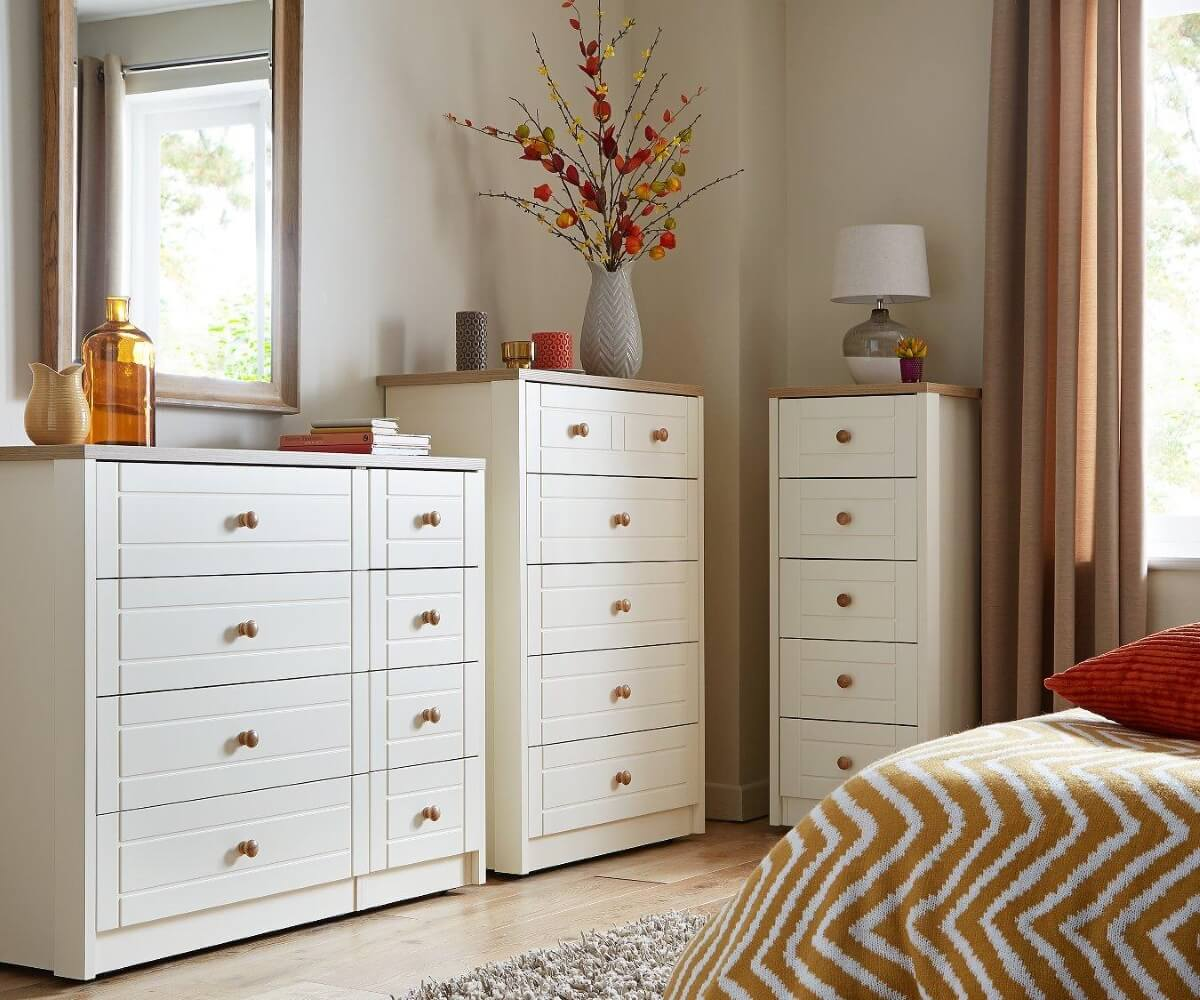 Cream coloured drawer chests